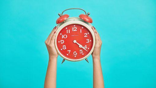 福利厚生には昼寝がおすすめ。パワーナップの効果とは